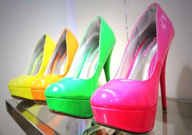Оптовая торговля одеждой и обувью